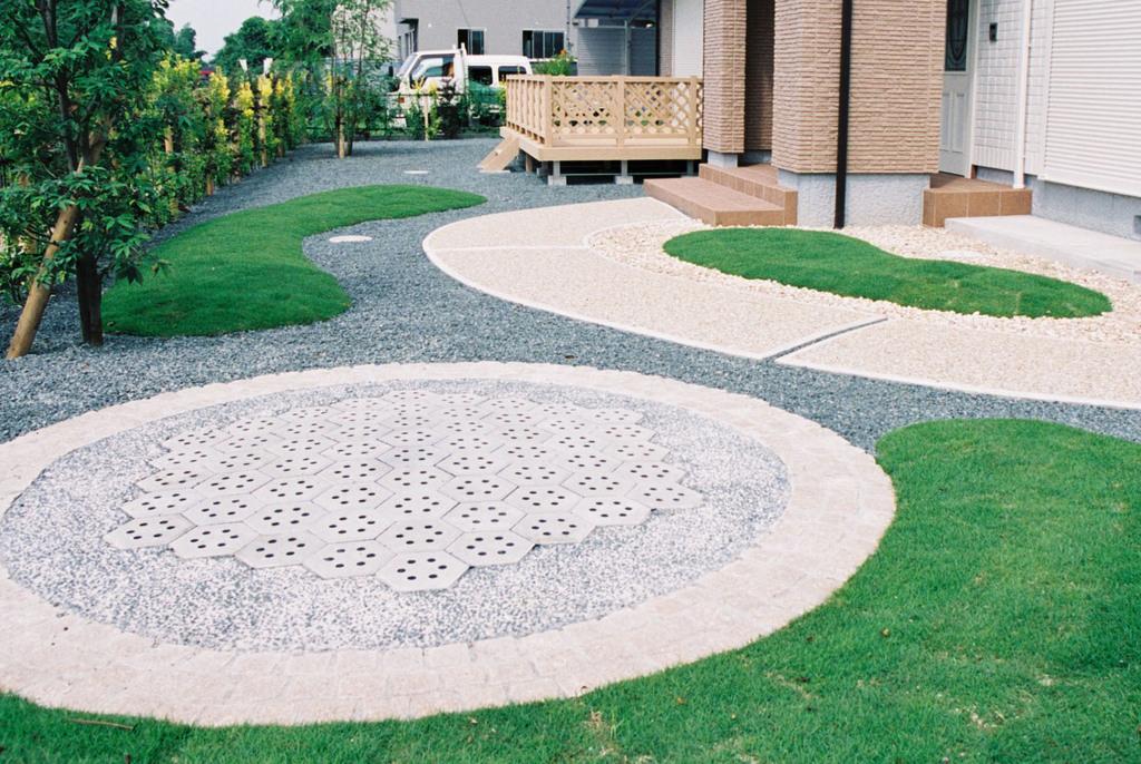 六角パワーコンクリートブロックの効力は、設置詩 した周囲が明るく成ることです。