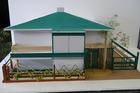 8基目の家、庭模型